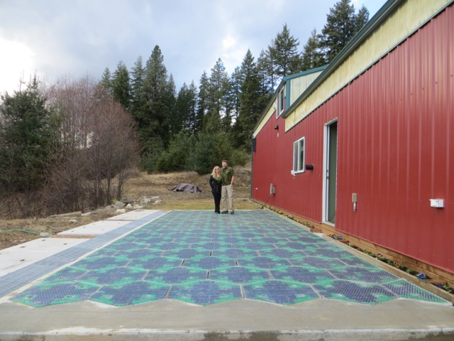 solar-powered-roads-designboom03