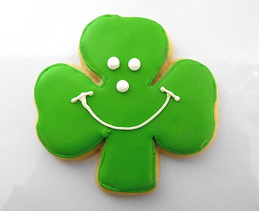 shamrock-cookies-smiley